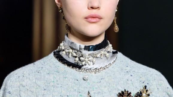 Moda Inverno 2020: Um toque no visual com broches