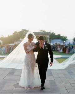 priyanka-chopra-nick-jonas-noivas-casamentos-vestidos-vogue-portugal (2)