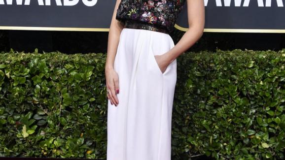 Margot Robbie usa look Confortável e Glamouroso