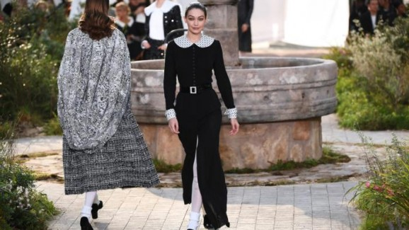 Chanel adia desfile na China por conta do Corona Vírus
